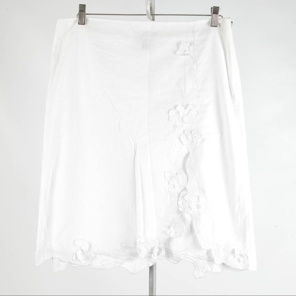 Armani Exchange – White Embroidered Skirt – 10